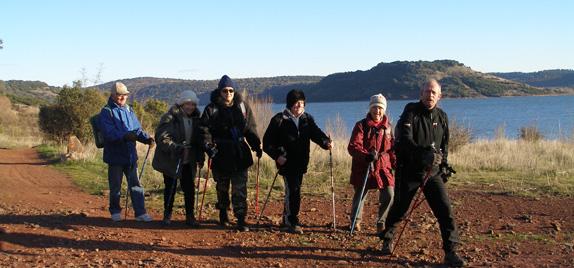 Marche nordique autour du lac du Salagou